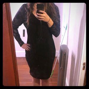 Fashion 2 Figure Black Body Con Dress | Size 2
